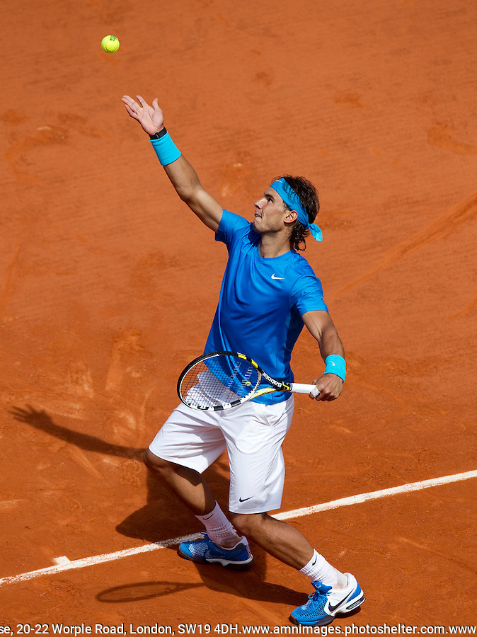 RAFAEL NADAL (ESP) (1) against JOHN ISNER (USA)  in the first round of the men's singles. Rafael Nadal beat John Isner 6-4 6-7 6-7 6-2 6-4..Tennis - Grand Slam - French Open - Roland Garros - Paris - Day 3 -  Tue May 24th 2011..© AMN Images, Barry House, 20-22 Worple Road, London, SW19 4DH, UK..+44 208 947 0100.www.amnimages.photoshelter.com.www.advantagemedianetwork.com.