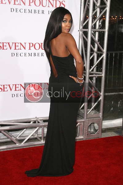 Gabrielle Union <br /> at the Los Angeles Premiere of 'Seven Pounds'. Mann Village Theatre, Westwood, CA. 12-16-08<br /> Dave Edwards/DailyCeleb.com 818-249-4998