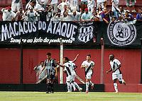 GUARULHOS, SP, 08 JANEIRO 2011 - COPA SAO PAULO DE FUTEBOL JUNIOR 2012 - <br /> Jogadores da Ponte Preta comemoram gol  comemora gol duarnte partida entre as equipes do Figueirense -SC x Ponte Preta realizada no Est&aacute;dio Municipal Ant&ocirc;nio Soares de Oliveira Guarulhos (SP), v&aacute;lida pela 2&ordf; Rodada do Grupo X da Copa S&atilde;o Paulo de Futebol Junior 2012, neste domingo (08). (FOTO: ALE VIANNA - NEWS FREE).