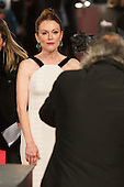 London, UK. 14 February 2016. Actress Julianne Moore. Red carpet arrivals for the 69th EE British Academy Film Awards, BAFTAs, at the Royal Opera House. © Vibrant Pictures/Alamy Live News
