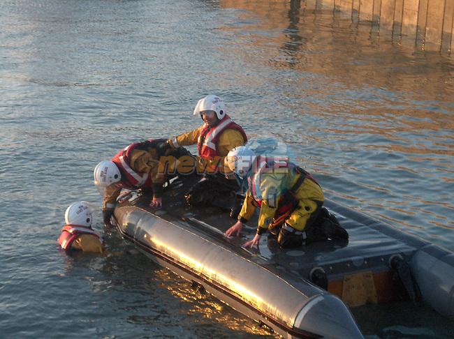 Irish Coast Guard Drogheda Unit, D-class capsize drill..Photo: Newsfile/Fran Caffrey.