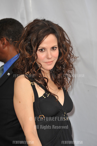 Mary-Louise Parker at the 2010 AFI Life Achievent Award Gala, honoring director Mike Nichols, at Sony Studios, Culver City, CA..June 10, 2010  Los Angeles, CA.Picture: Paul Smith / Featureflash