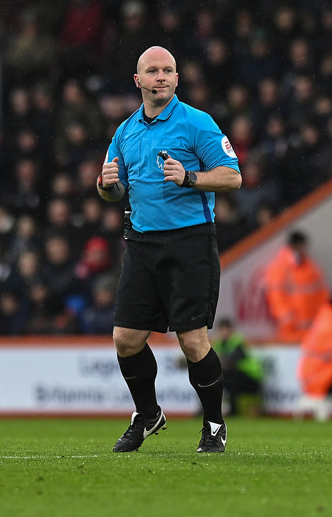 Referee Simon Hopper<br /> <br /> Photographer David Horton/CameraSport<br /> <br /> The Premier League - Bournemouth v West Ham United - Saturday 19 January 2019 - Vitality Stadium - Bournemouth<br /> <br /> World Copyright &copy; 2019 CameraSport. All rights reserved. 43 Linden Ave. Countesthorpe. Leicester. England. LE8 5PG - Tel: +44 (0) 116 277 4147 - admin@camerasport.com - www.camerasport.com