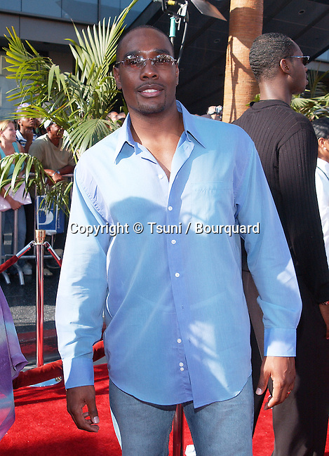 Morris Chesnutt arriving at the 2nd Annual BET Awards at the Kodak Theatre in Los Angeles. June 25, 2002.           -            ChesnuttMorris22.jpg