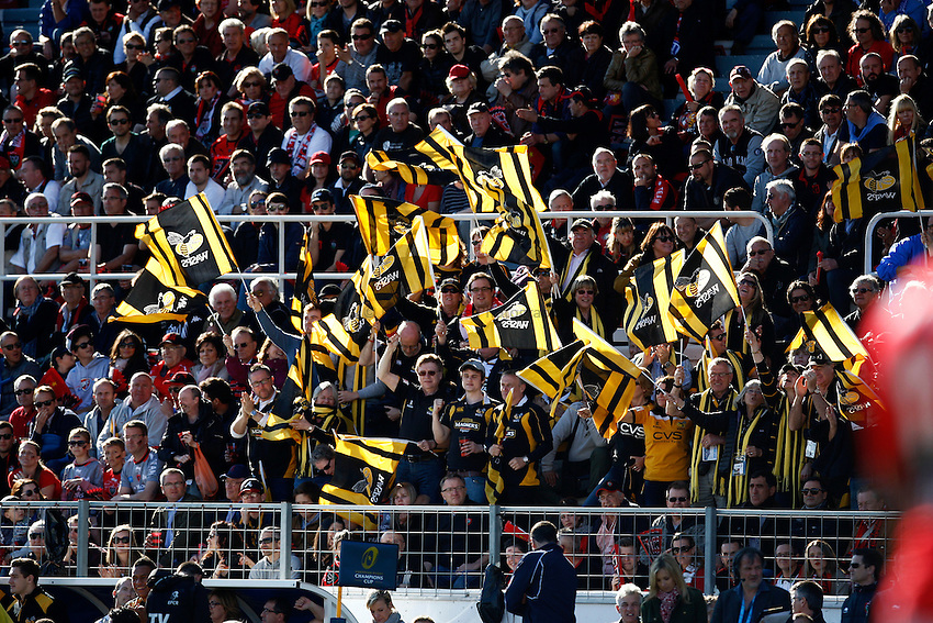 Photo: Richard Lane/Richard Lane Photography. RC Toulon v Wasps.  European Rugby Champions Cup Quarter Final. 05/04/2015. Wasps supporters.