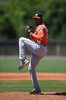 Houston Astros pitcher Edison Frias (39) during a minor league spring training game against the Atlanta Braves on March 29, 2015 at the Osceola County Stadium Complex in Kissimmee, Florida.  (Mike Janes/Four Seam Images)