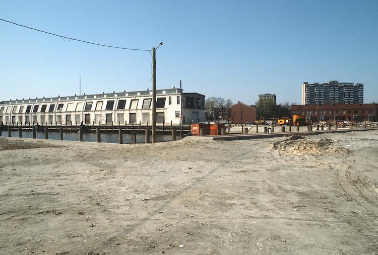 1983 April 27..Redevelopment.Downtown West (A-1-6)..CONSTRUCTION PROGRESS VIEWS.PIER A...NEG#.NRHA#..