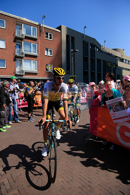 Lotto NL-Jumbo team arrives at sign on before the start of Stage 2 of the 2016 Giro d'Italia running 190km from Arnhem to Nijmegen, The Nethrerlands. 7th May 2016.<br /> Picture: Eoin Clarke | Newsfile<br /> <br /> <br /> All photos usage must carry mandatory copyright credit (&copy; Newsfile | Eoin Clarke)