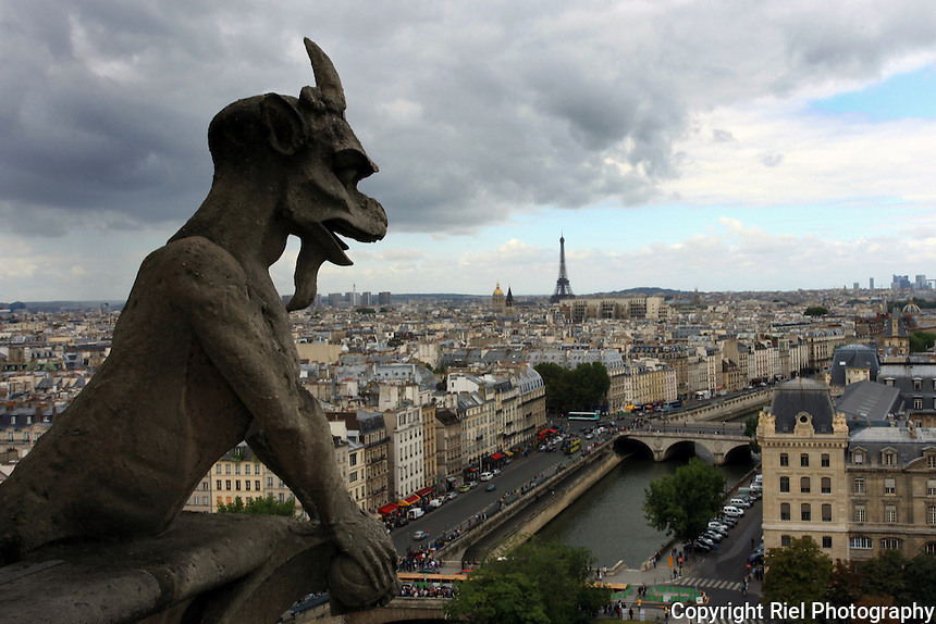 The gargoyles and grotesques that live on the Notre Dame de Paris are probably the most widely recognized in the world, and with good reason.  When built in the 13th century, this cathedral was without gargoyles of any kind - it was only when the incredible building was restored in the 19th century that the monsters of Victor Pyanet were designed and given their now-famous seats. Every single gargoyle and grotesque has been given its own character