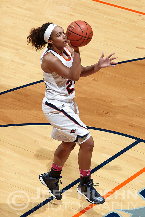 SAN ANTONIO, TX - DECEMBER 4, 2014: The Texas State University Bobcats defeat the University of Texas at San Antonio Roadrunners 57-53 at the UTSA Convocation Center. (Photo by Jeff Huehn)