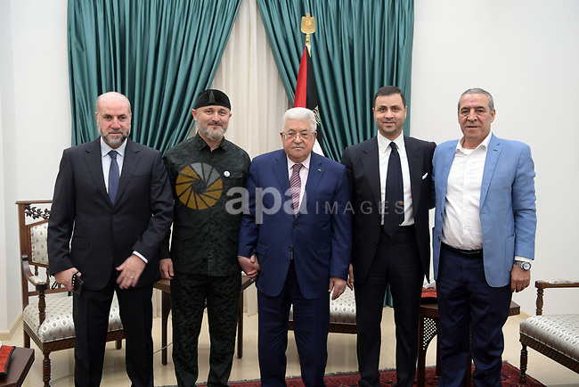 Palestinian President Mahmoud Abbas, meets with chechen President's envoy, in the West Bank city of Ramallah, on January 21, 2020. Photo by Prime Minister Office