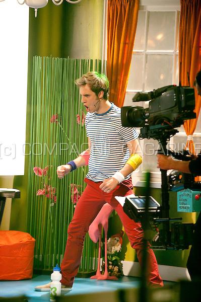 """The Ketnet """"Wie wordt wrapper"""" liveshow (Belgium, 23/04/2011)"""