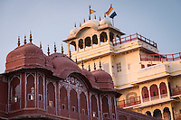 This sprawling complex, with its vast array of courtyards, gardens and gorgeous buildings, also houses a museum with Rajasthani costumes and the armory of Mughals and Rajputs.