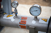 Biogas label & Pressure gauges