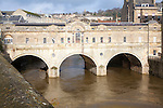 Pulteney Bridge and the River Avon, Bath, north east Somerset, England
