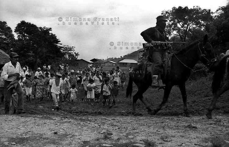 Messico, Chiapas, La Realidad 1996.Comunità indigena Zapatista.Esercito Zapatista di Liberazione Nazionale.Mexico, Chiapas, La Realidad.Zapatista indigenous communities.Zapatista Army of National Liberation.