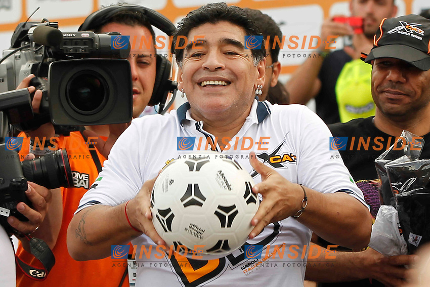 Napoli 25-05-2014 <br /> Diego Armando Maradona torna a Napoli per fare da testimonial per le gare di motonautica valide per le world series del Xcatracing   <br /> Diego Armando Maradona attends as a testimonial to the UIM XCAT World Series Powerboat Racing in Naples<br /> <br /> foto Ciro De Luca / Insidefoto