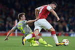 14.09.2017, Emirates Stadium, London, GER, Europa League, Arsenal London vs 1. FC Koeln, im Bild<br /> <br /> im Zweikampf von links: Lukas Kl&uuml;nter / Kluenter ( Koeln #24 ), Sead Kolasinac ( Arsenal #31 )<br /> <br /> <br /> Foto &copy; nordphoto / Treese