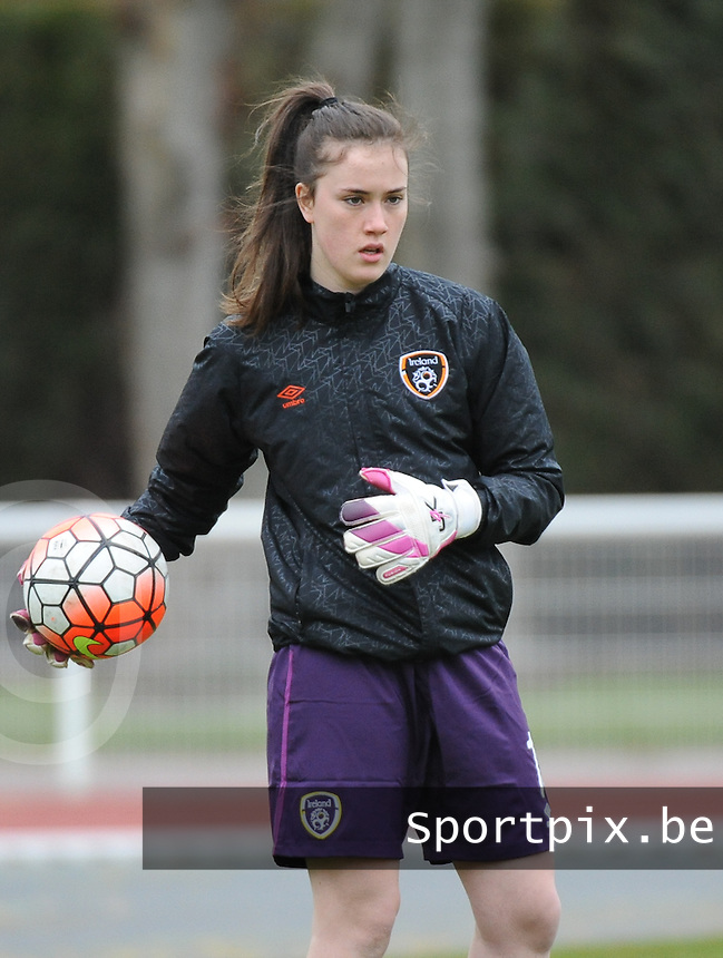 20160319 - BAYEUX , FRANCE : Irish Sophie Lenehan pictured during the soccer match between the women under 17 teams of The Republic of Ireland and Hungary , on the first matchday in group 3 of the UEFA Women Under17 Elite rounds at Stade Henry Jeanne in Bayeux , France . Saturday 19th March 2016 . PHOTO DIRK VUYLSTEKE