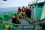Des pêcheurs s'installent pour 6 mois sur les rives du lac pour pêcher au filet l e Bolti, une sorte de carpe (Tilapia nilotica) et la Perche du Nil (Lates Niloticu) qui  peuvent dépasser les cent kg ! .