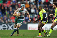 Jordan Crane of Leicester Tigers in possession. Aviva Premiership match, between Leicester Tigers and Sale Sharks on February 6, 2016 at Welford Road in Leicester, England. Photo by: Patrick Khachfe / JMP