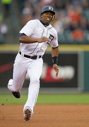 May 01, 2012:  Detroit Tigers center fielder Austin Jackson (14) runs to third base during MLB game action between the Kansas City Royals and the Detroit Tigers at Comerica Park in Detroit, Michigan.  The Tigers defeated the Royals 9-3.