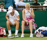 25-6-08, England, Wimbledon, Tennis, Erakovic and Krajicek (r)