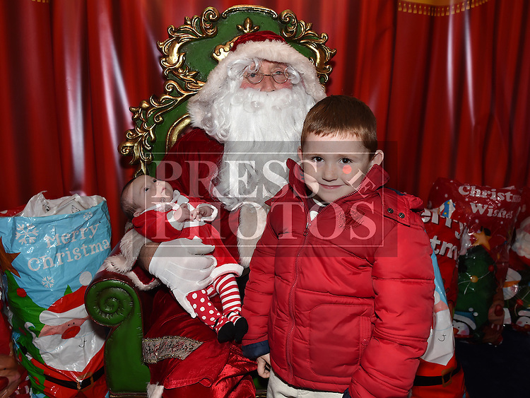 Makenzie and Maddison Farrell met Santa at Drogheda Town Centre. Photo:Colin Bell/pressphotos.ie
