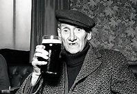 Elderly man in pub, Nottingham 1981