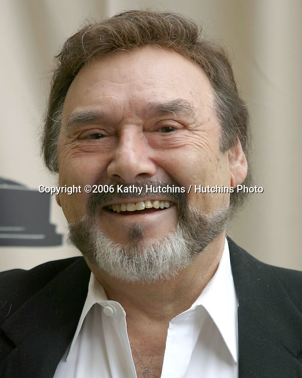 Joe Mascolo.Daytime Creative Emmy Awards.Hollywood & Highland.Los Angeles, CA.April 22, 2006.©2006 Kathy Hutchins / Hutchins Photo....