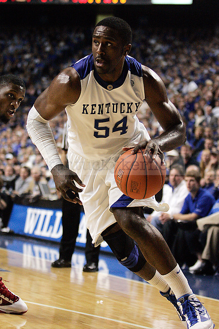 Junior forward Patrick Patterson dribbles around the defense in the first half of UK vs. Ole Miss at Rupp Arena on Tuesday, Feb. 3, 2010. Photo by Britney McIntosh | Staff