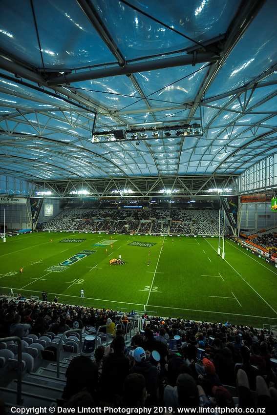 A general view of the Super Rugby match between the Highlanders and Jaguares at Forsyth Barr Stadium in Dunedin, New Zealand on Saturday, 11 May 2019. Photo: Dave Lintott / lintottphoto.co.nz