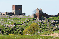 Burgruine Hammershus aus dem 13. Jh. auf der Insel Bornholm, D&auml;nemark, Europa<br /> Casle ruin Hammershus (13.c.), Isle of Bornholm, Denmark