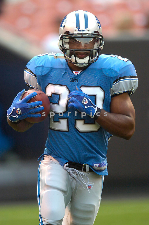 Brian Calhoun, of the Detroit Lions, in action against the Cleveland Browns on August 18, 2006, in Cleveland...Browns win 20-16..David Durochik / SportPics