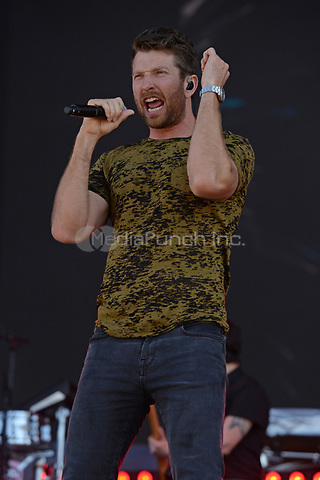 FORT LAUDERDALE FL - APRIL 07: Brett Eldredge performs during the Tortuga Music Festival held at Fort Lauderdale Beach on April 07, 2017 in Fort Lauderdale, Florida.  Credit: mpi04/MediaPunch