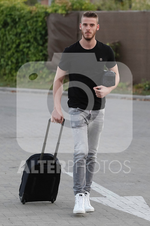 Manchester United's goalkeeper David De Gea of Spain arrives at Soccer City training facility for a Spanish soccer team concentration meeting in Las Rozas, near Madrid, Spain. September  01, 2015. (ALTERPHOTOS/Victor Blanco)