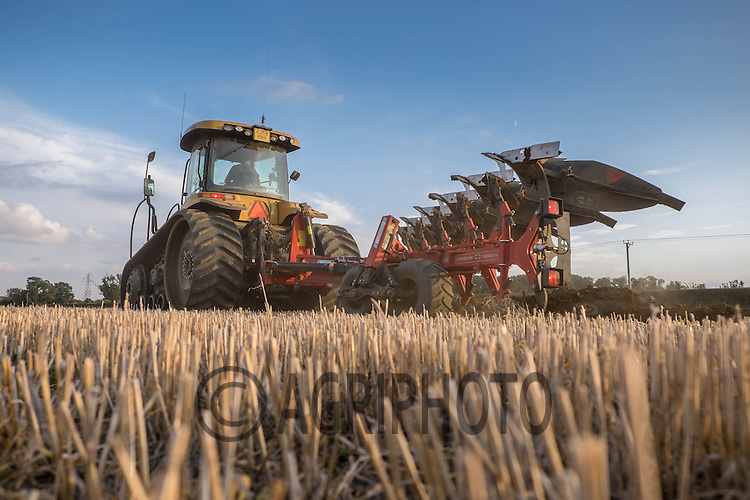 Cat Challenger ploughing stubble in South Lincolnshire on the last day of September 2014<br /> Picture Tim Scrivener 07850 303986