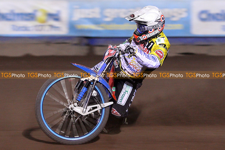 Chris Harris of Coventry Bees - Lakeside Hammers vs Coventry Bees, Elite League Speedway at the Arena Essex Raceway, Purfleet - 09/04/10 - MANDATORY CREDIT: Rob Newell/TGSPHOTO - Self billing applies where appropriate - 0845 094 6026 - contact@tgsphoto.co.uk - NO UNPAID USE.