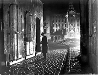 The Third Man (1949) <br /> Joseph Cotten<br /> *Filmstill - Editorial Use Only*<br /> CAP/KFS<br /> Image supplied by Capital Pictures