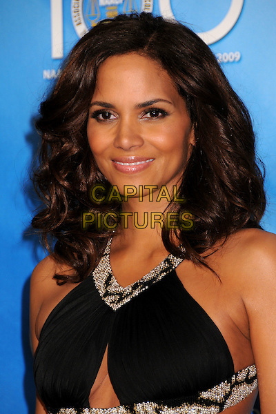 HALLE BERRY.40th Annual NAACP Image Awards - Press Room at the Shrine Auditorium, Los Angeles, California, USA..February 12th, 2009.headshot portrait black silver beads beaded cleavage cut out away.CAP/ADM/BP.©Byron Purvis/AdMedia/Capital Pictures.