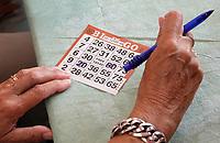 Nederland Almere - Augustus 2018. De tweede editie van het Forever Young Festival.  Het Forever Young Festival is een gratis festival met veel activiteiten en optredens voor 65-plussers. Bingo.      Foto Berlinda van Dam / Hollandse Hoogte