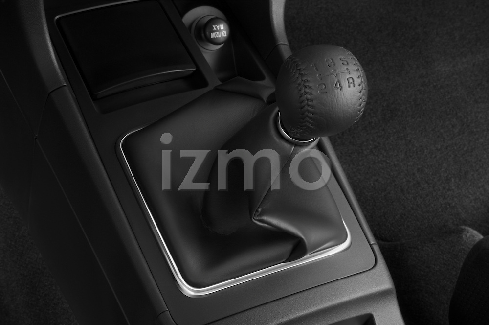 Gear shift detail view of a 2008 Mitsubishi Lancer Evolution