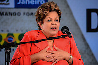 RIO DE JANEIRO, RJ, 14 DE JUNHO DE 2013 -PRESIDENTA DILMA ROUSSEFF-RJ- Presidenta Dilma Rousseff na cerimônia de anúncio de investimentos em infraestrutura urbana e equipamentos sociais nas comunidades da Rocinha e nos complexos do Lins e do Jacarezinho, no Complexo Esportivo da Rocinha , zona sul do Rio de Janeiro/RJ do Rio de Janeiro.FOTO:MARCELO FONSECA/BRAZIL PHOTO PRESS