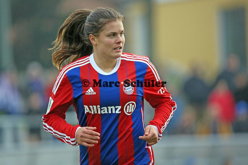 Katherine Stengel (Bayern) - 1. FFC Frankfurt vs. FC Bayern Muenchen, Stadion am Brentanobad