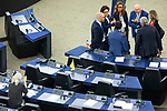 Strasbourg - France - 03 July 2019 -- 2nd voting round for the President of the European Parliament. -- MEPs in discussion. -- PHOTO: Juha ROININEN / EUP-IMAGES