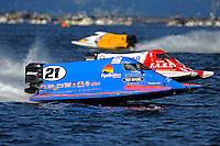 Jose Mendana, Jr. (#21) and Mike Beegle (#99)   (Formula 1/F1/Champ class)