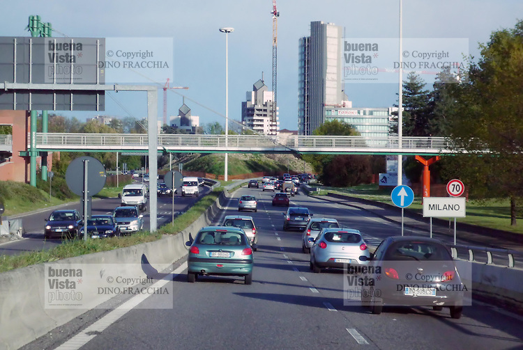 - entry in Milan from the North highways ....- ingresso a Milano dalle autostrade Nord