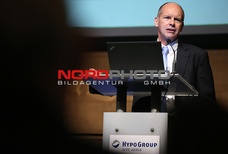 06.10.2014., Croatia, Zagreb<br /> Hypo Center, Conference Macroeconomic Outlook, analysis of economic trends. <br /> Croatia: Another delay recovery. Stefan Schneider chief economist at the International Deutsche Bank. <br /> <br /> Foto ©  nph / PIXSELL / Robert Anic