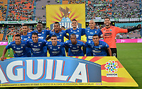 MEDELLÍN - COLOMBIA, 26-01-2019: Jugadores de Once Caldas, posan para una foto, antes de partido de vuelta de los cuartos de final entre Atlético Nacional y Once Caldas, por la Liga Águila I 2018, jugado en el estadio Atanasio Girardot de la ciudad de Medellín. / Players of Once Caldas, pose for a photo, prior a match of the quarter finals of the second leg between Atletico Nacional and Deportes Tolima for the Aguila League I 2018, played at Atanasio Girardot stadium in Medellin city. Photo: VizzorImage / León Monsalve / Cont.