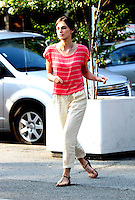 July 26, 2012 Keira Knightley shooting on location at Washington Square Park for new VH-1 movie Can a Song Save Your Life? in New York City.Credit:&copy; RW/MediaPunch Inc. /NortePhoto.com<br /> **SOLO*VENTA*EN*MEXICO**<br />  **CREDITO*OBLIGATORIO** *No*Venta*A*Terceros*<br /> *No*Sale*So*third* ***No*Se*Permite*Hacer Archivo***No*Sale*So*third*&Acirc;&copy;Imagenes*con derechos*de*autor&Acirc;&copy;todos*reservados*.
